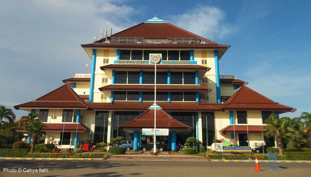 Kantor Manajemen Universitas Airlangga Surabaya